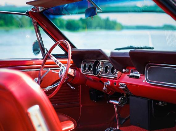 Ford-Mustang-Cabrio-1966-Innenraum