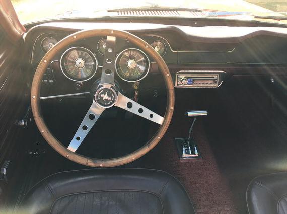 Mustang-1968-V8-Cabriolet-6